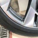 4x Original Audi Etron 4KE 9x20 Zoll ET38 Winterreifen 4KE601025T  Reifen 255/50